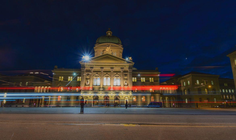 Bundesrat: Die guten gesetzlichen Rahmenbedingungen für Blockchain-Industrie weiter verbessern