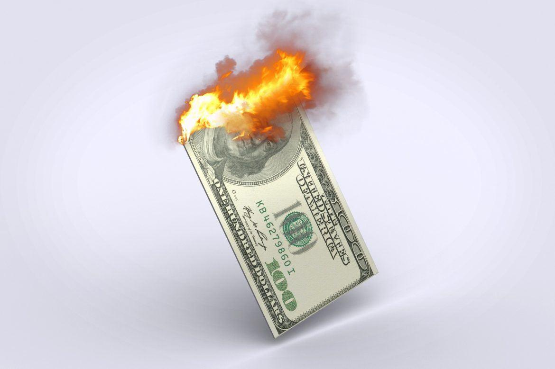 Blutiger Kurseinbruch: Bitcoin und Altcoins rauschen abwärts