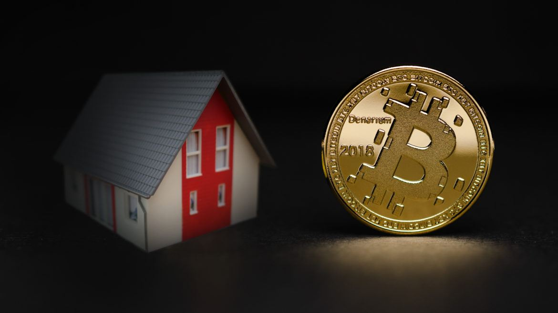 Vergleich von Anlageklassen: Bitcoin gegen Immobilien als Geldanlage?