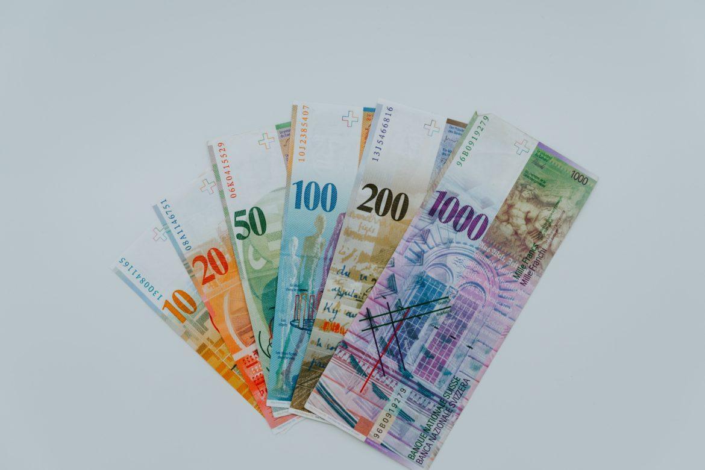 Abbildung der Euro-Banknoten