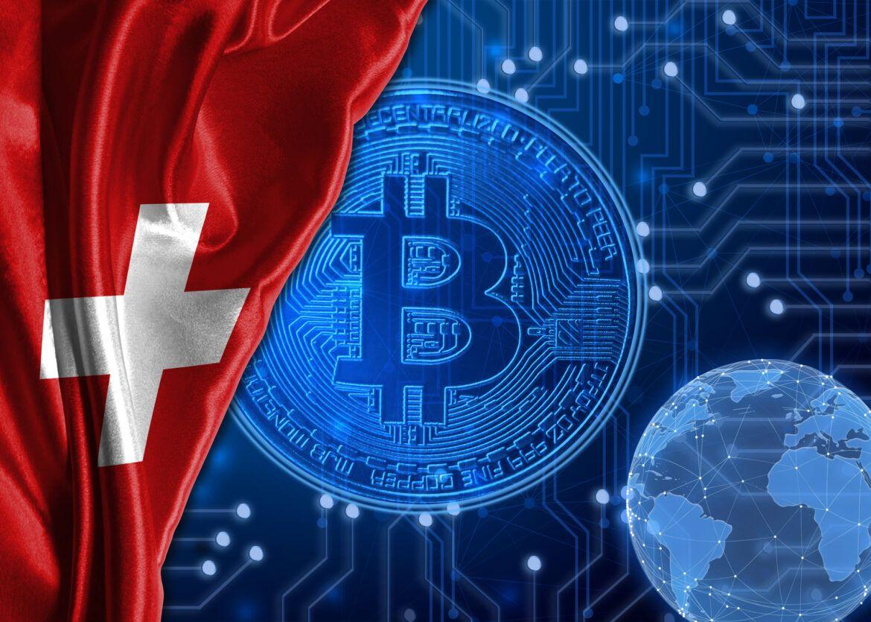 Schweizer Flagge und Bitcoin als Symbolbild für Bitcoin-Zahlungen bei 85.000 Schweizer Händlern